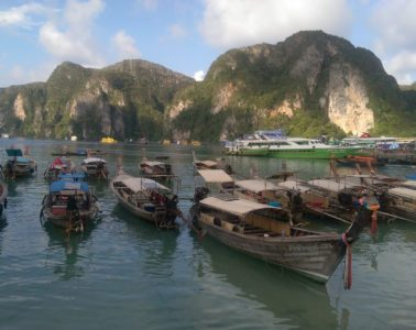 How much money to travel Thailand